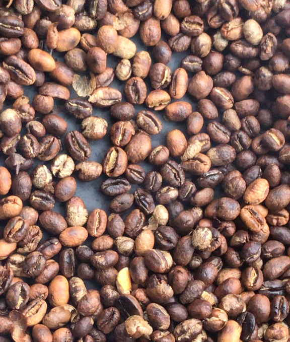 How to: Roast coffee in cast iron.